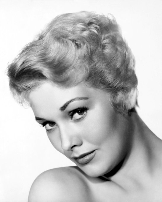Happy 84th Birthday to actress Kim Novak (1933)!