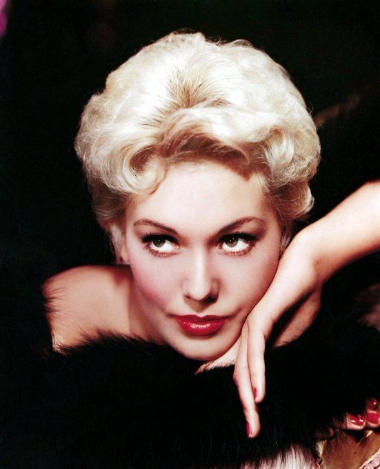 FELIZ CUMPLEAÑOS, KIM NOVAK! / HAPPY BIRTHDAY, KIM NOVAK! (84)