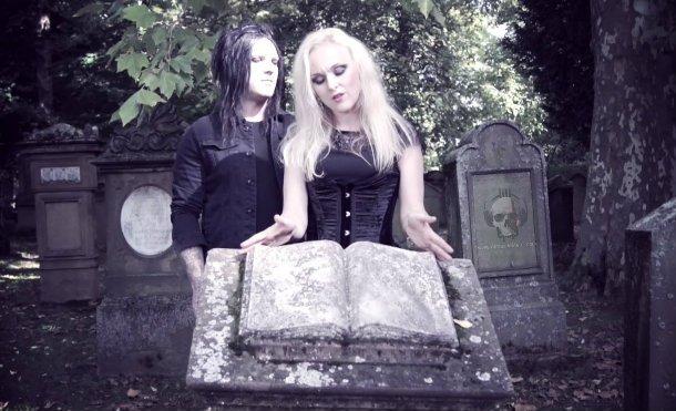 Un Día Como Hoy Happy Gothic Metal Birthday LIV KRISTINE ESPENAESKRULL