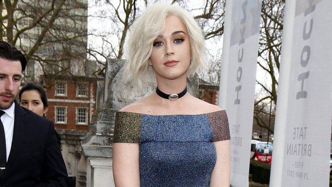 From Katy Perry to Olivia Palermo: front row stars at London Fashion Week https://t.co/EdLwzWjeK9