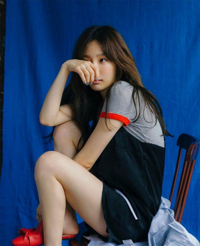 [스타SNS] 소녀시대(SNSD) 태연, 데뷔 초 연상하게 만드는 심쿵 귀여움…'탱구 그 자체'  #소녀시대 #SNSD #태연 https://t.co/vXrvfzrn2t