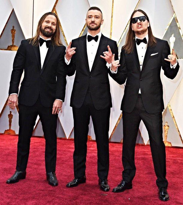 @jtimberlake: RT @Shellback666: Brought the horns to the Oscars red carpet ???????? @jtimberlake  #maxmartin https://t.co/ir1Odrqo1A