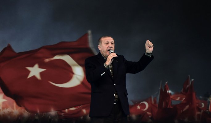 Turkish President slams Dutch over Srebrenica massacre on eve of historic Dutch election
