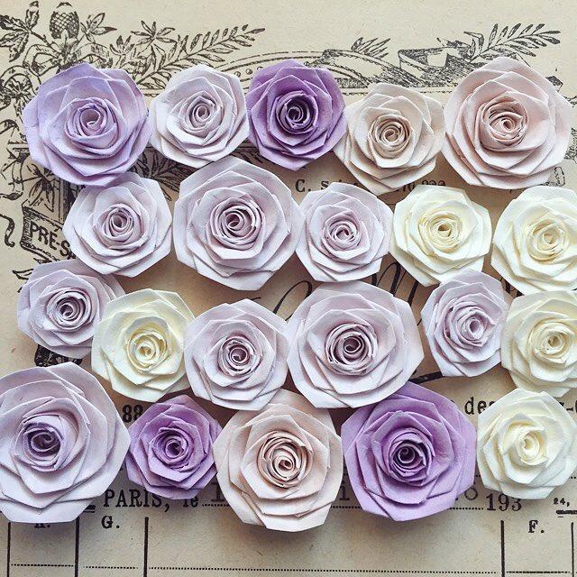 おはようございます❀❀これから成形&彩色待ちの薔薇さまたち🌹広島パルコの催事に向けて、紫色多め✳︎「紫の薔薇」と