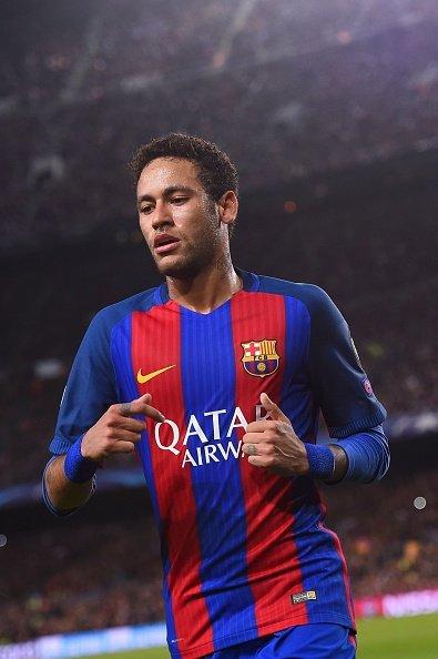 تم اختيار نيمار ( رجل اللقاء ) برشلونة - باريس 6-5 https://t.co/TkASndzdsM