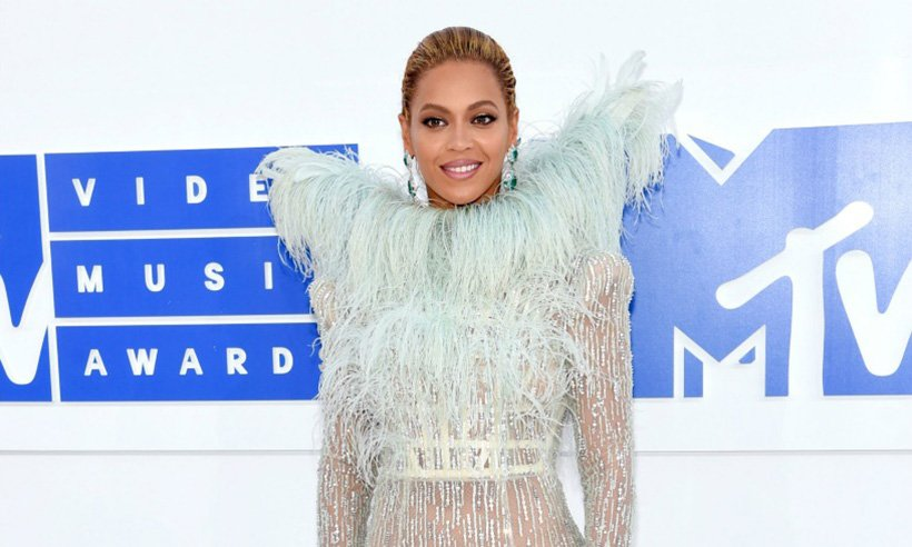 .@Beyonce granted a dying fans final wish: