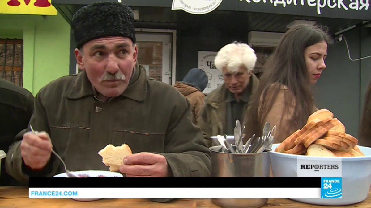 VIDEO -  Crimea: Pro-Ukranian factions and Russia's response