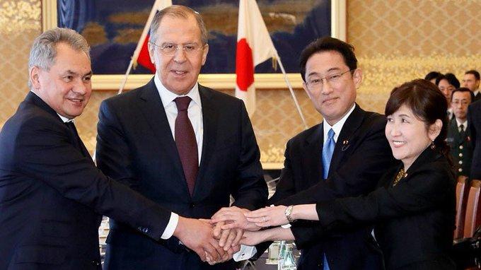 Россия в Японии на практике применила принцип 'Кто не хочет говорить с Лавровым, будет говорить с Шойгу'