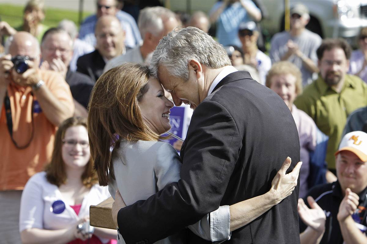 Controversial clinic run by Michele Bachmann's husband hit with violations
