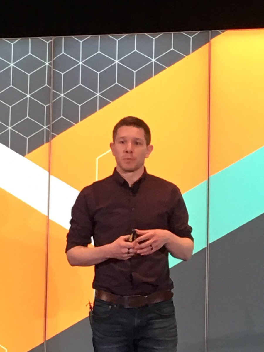 kab8609: .@bobbyshaw is indirectly telling us how to create skynet. #MagentoImagine https://t.co/ETf9yWGrV8