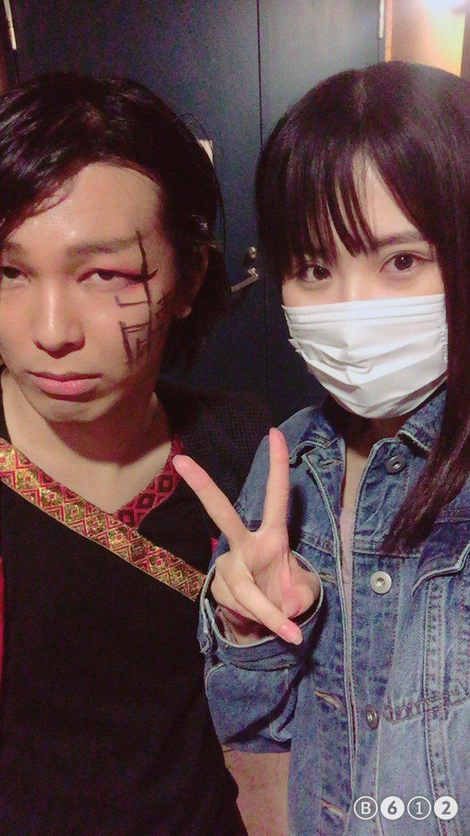 #マグダラジョウ7日目終了です。今日は舞台版「レーカン!」で一緒だった藍田麻利衣ちゃん(1枚目)と中山なほちゃん(2枚目