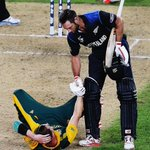 RT @cricBC: You become a great when you win a tough contest. You become a legend when you share your rival's pain. #NZvSA #CWC15
