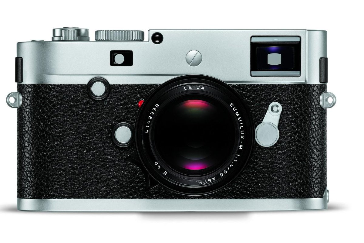 Leica struggled with the death of film but now has a lucrative niche: digital, retro cameras. http://t.co/tFC1bparHa http://t.co/MUS9EErYlp