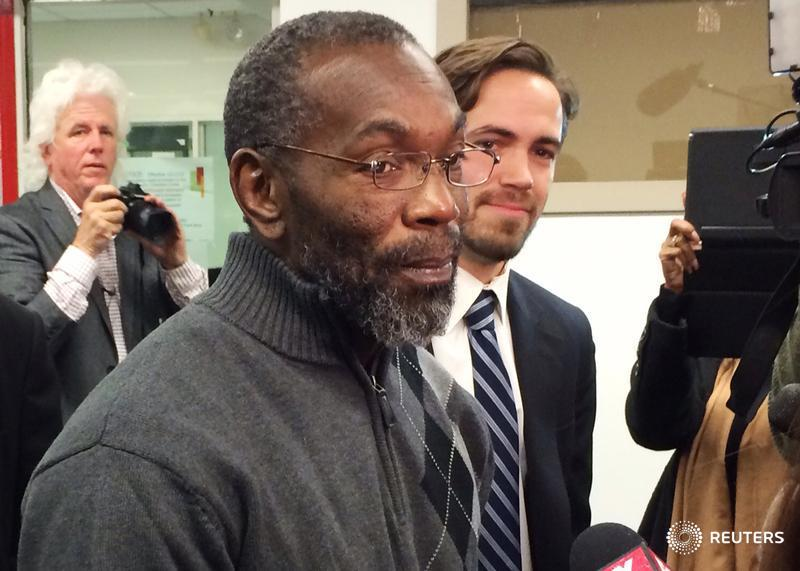 Ohio man to receive $1 million after spending 39 years in jail for a murder he did not commit: http://t.co/xqJL3vYkif http://t.co/r6OvhfHxKI