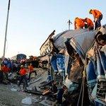 India passenger train derails, killing 31 people, injuring at least 50 http://t.co/htKPQgT6NN http://t.co/M8yIQM4mHU