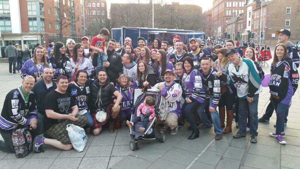 A great shot of @Finner16 and the #purplearmy @BraeheadClan #pofw2015 http://t.co/69WoGw9En1