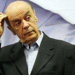 """@ptbrasil: Lista do #HSBC inclui ex-tesoureiro de José Serra: http://t.co/oJE2cvjlF0 #SwissLeaks http://t.co/Te2KgsdZux"" #BrasilComDilma"