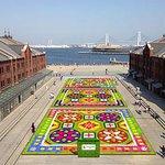 """[明日から開催] 横浜赤レンガ倉庫「フラワーガーデン 2015」、過去最多47,500株の草花による""""花の絨毯"""" - http://t.co/Hhca7rkpB5 http://t.co/80sSPQXM5o"""