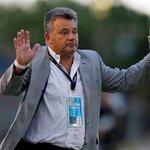 """La sinceridad de Humberto Grondona: """"No sé cómo pasó esto, en Arsenal somos 40"""" http://t.co/fY7MBMeV9B http://t.co/PbPIkmtm5I"""