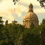 Alberta public opinion poll puts PCs and Wildrose in tie #yyc #yeg #ableg #abpoli http://t.co/iDwANlu99P http://t.co/WM9ahWNd8Y