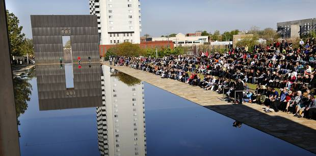 Today we remember those we lost 20 years ago in the OKC bombing. Our thoughts are with their friends and families. http://t.co/uFq02yOeGI
