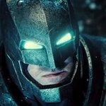 Batman v. Superman trailer OFFICIALLY drops — Dark Knight threatens Man of Steel (via @toofab) http://t.co/jW21t4u0EE http://t.co/1bARwyQJgv