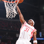 Halftime in H-Town. #Rockets regain the lead, 59-55. Harden: 12p/7a Terry: 10p/2r Ariza: 8p/6r/6a/2s Jones: 10p/3a http://t.co/uVfy0HmBSm