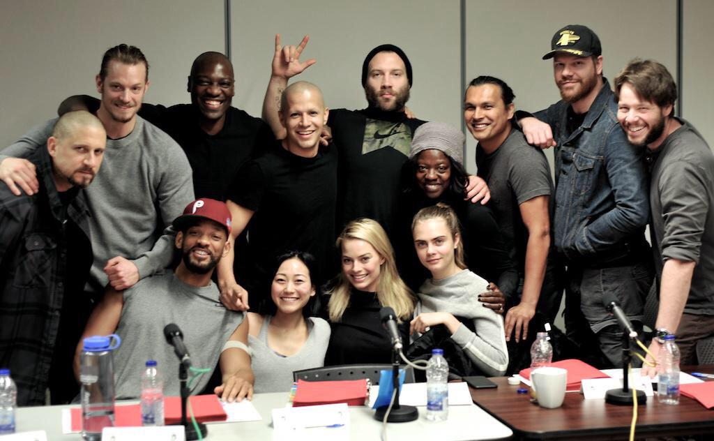 Primera imagen del reparto de 'Suicide Squad' (a falta de Jared Leto). Foto de @DavidAyerMovies http://t.co/MrZnIbbU2S