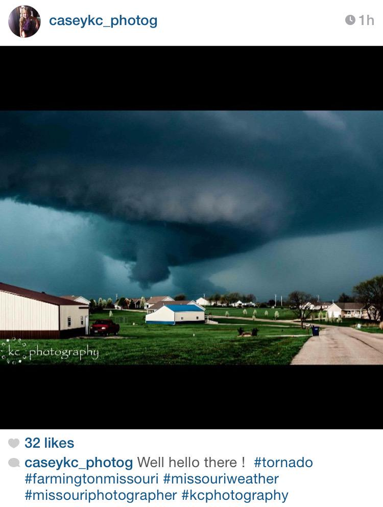 Andrea Butera (@AndreaButera): PHOTO: Great shot of Farmington, MO storm - http://t.co/pqbIWRWgyU caseykc_photog on IG #MOwx #severe cc: @JimCantore http://t.co/fvAHyVR5SO