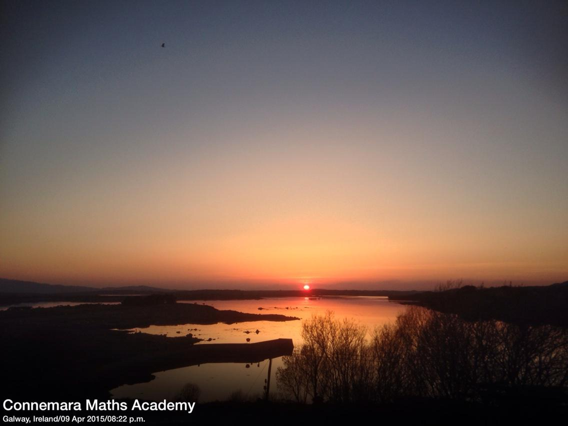Beautiful #Sunset this eve #Connemara #WildAtlanticWay @ConnemaraLinks @GalwayHour http://t.co/B9k4tLEDcA