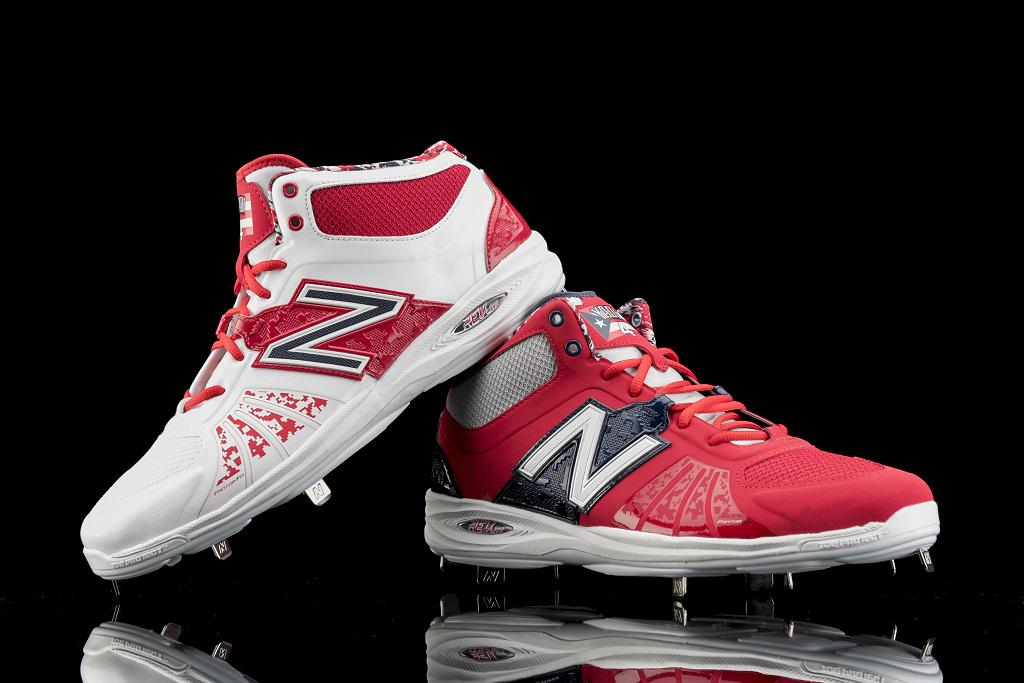 .@Yadimolina04 designs shoes almost as well as he calls a game. Check out his custom cleats: http://t.co/QFrEIyMJG0 http://t.co/1LHm89QX9c