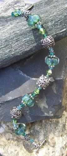 This #handmade Boro Bead #Bracelet Only on #artfire    http://t.co/zgA2ohoKja http://t.co/ICrvxzLDUY
