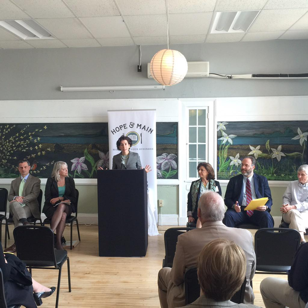 """No doubt about it, food industry is a clear strength in RI."" @GinaRaimondo @HopeandMain #Raimondo100Days #EatDrinkRI http://t.co/5JJtXVAJHP"