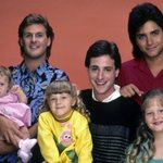 "Its official! A ""Full House"" spinoff has been picked up by @netflix. http://t.co/7DqBrJhe81 http://t.co/GgpgGsgYck"
