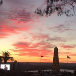 #AnzacDay #Anzac100 Dawn Service Kings Park #Perth #LestWeForget @tweetperth http://t.co/RL7NxfauhO