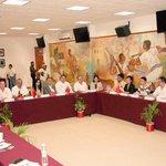#QuintanaRoo y la Delegación de China creando vínculos comerciales y turísticos para nuestro Estado. @APEC @betoborge http://t.co/9qhrTjLenZ