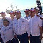 Acompañando a nuestro Gobernador @betoborge al disparo d salida del Torneo de Pesca de Cancún @PaulCarrillo2 @romayor http://t.co/ha7mU7geXr