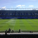 Heres our view on a bright day at Goodison Park. Wholl grace the pitch at kick-off? Well tell you soon. #mufclive http://t.co/RATXofRirr