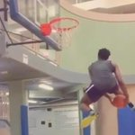 VIDEO: Indiana signee Ogugua Anunoby shows off a sick 180-degree through-the-legs dunk. #slomo http://t.co/gyj7geaw1V http://t.co/TiysYoFcoc