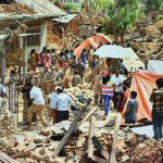 #MSGHelpEarthquakeVictims Green S Sewadars r doing wonderful job in Nepal. God bless them http://t.co/Z0aqeMb8Am