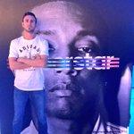 Robando cámara con @Pharrell en la fiesta del color #SuperColor @adidasMX http://t.co/4zcuq71JeE