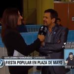#VivaLaPatria | Habla Guillermo Fernández, tras entonar el Himno Nacional en la Plaza > http://t.co/fnEKkuadQ9 http://t.co/sfRcEEx0z7