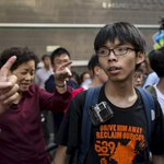 #HongKong student activist Joshua Wong barred from entering #Malaysia http://t.co/NXYn0vUi2P http://t.co/5C4GKuoELI