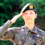 Song Joong Ki Receives Glowing Performance Review from Military Source http://t.co/bBPzsFLcN9 #kdrama http://t.co/urK5BAaJSn