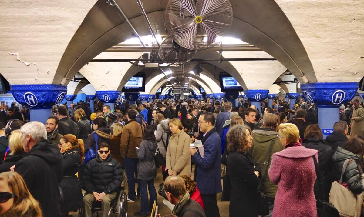 Mayor @DawnZimmerNJ calls on Port Authority to reverse 14% service cut on #Hoboken PATH http://t.co/LvysrlX3YQ http://t.co/ZWbFTVAOee