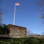 Central Parks Northern Forts Tour explores NYCs early, pre-Park military history. http://t.co/YvnyLKwgNA http://t.co/5xxwJz0pSF