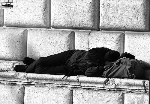 Did you know almost half of all people released from the prison system become homeless? http://t.co/hjpo6xjeml http://t.co/UqaaJ12nPU