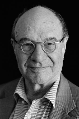 Meet the Laureates of #LiNo15: @NobelPrize Winner Walter Gilbert http://t.co/jyhb0iyj3D Photo P.Badge @Harvard http://t.co/X7D1X7MTog