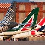 Traffico passeggeri: nel primo quadrimestre Aeroporto di Genova primo per crescita in Italia http://t.co/bB1YMzKSFH http://t.co/Qnuw025CcW