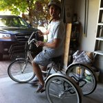 Hey #ldnont - Heads up for this stolen bike. Means the world to a dear friend of mine. http://t.co/ZN0xnuAw4s